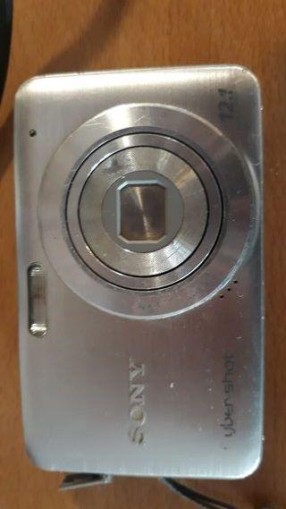 Cámara Fotos Sony Cybershot 12.1 y Tarjeta SD 2gb