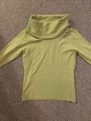 Ladies jumper size 14