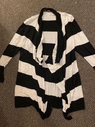 Ladies cardigan size 18