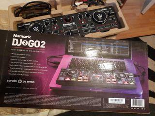 Portable Pocket DJ2GO2 NUMARK DJ CONTOLLER (NEW) W