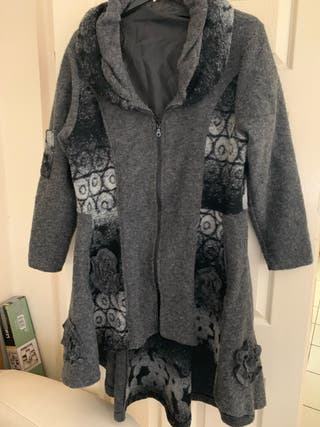 Ladies jacket size 20-22