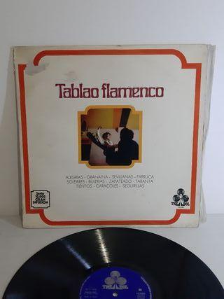 TABLAO FLAMENCO. MANOLO LABRADOR Y SU GUITARRA.
