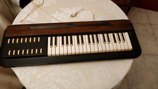 Órgano eléctrico antiguo modelo E 3751