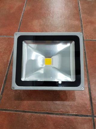 FOCO LED 30 W