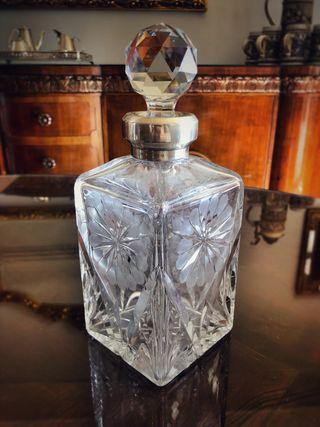 Botella cristal tallado con plata licor