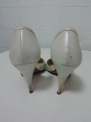 Zapato tacón blanco perlado novia