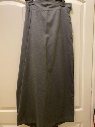 Falda amazona gris marengo muy elegante