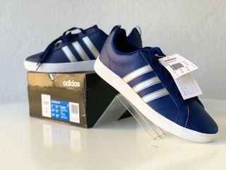 Zapatillas Adidas NUEVAS. Talla 45.5