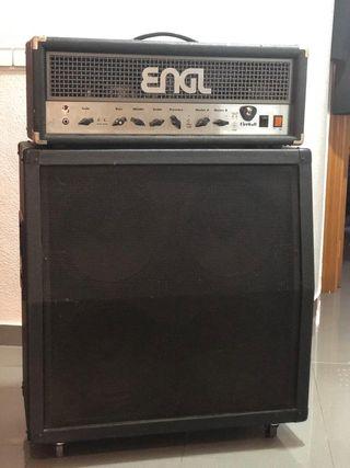 Amplificador Engl 60W a válvulas y pantalla