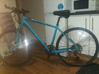 specialized crosstrail sport hybrid mountain bike