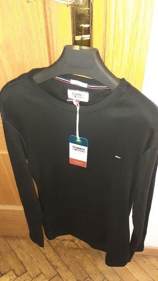Camiseta de manga larga TOMMY HILFIGUER.
