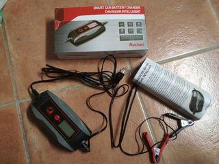 cargador electrónico para coche y moto
