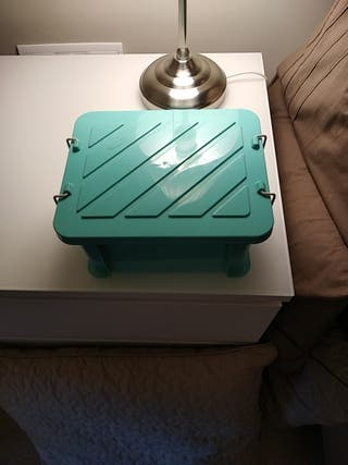 caja azul verdoso