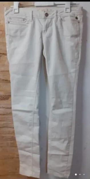 pantalón t.36 BERSHKA