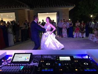 DJ PROFESIONAL - BODAS - BAUTIZOS - CUMPLES
