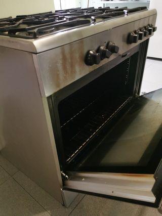 cocina integral ikea (horno y 5 fogones)