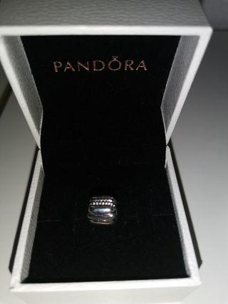 Clip Pandora de plata