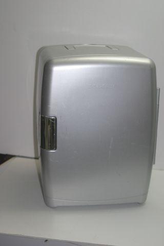 Nevera Silvercrest con adaptador de coche