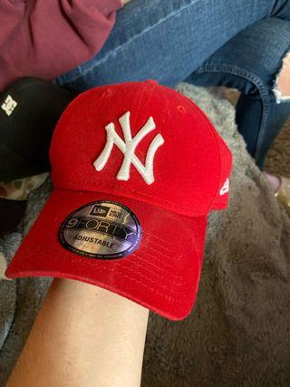 Gorras de marca nuevas