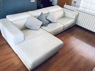 Sofa blanco de piel automático