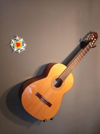 guitarra clásica admira solista