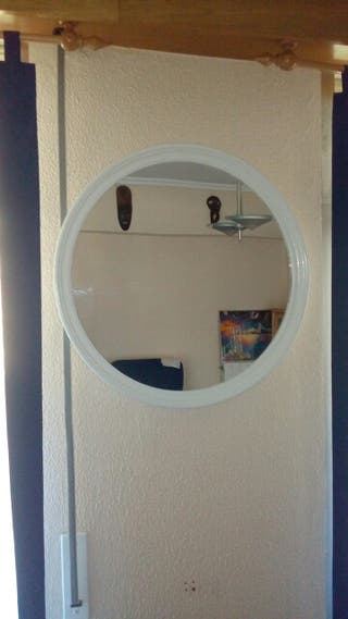 Espejo redondo blanco de pared