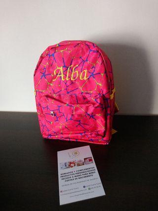 mochila personalizada bordada