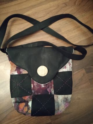 Bolso patchwork hecho a mano.