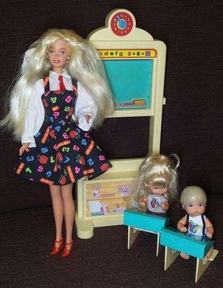 barbie profesora maestra antigua