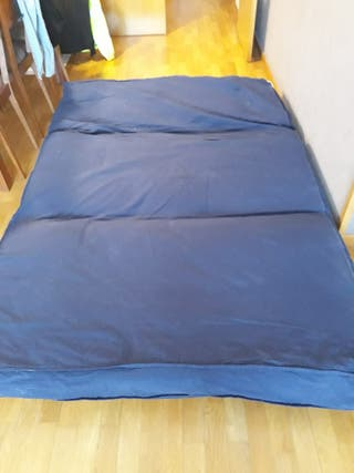 sofá cama tipo futón