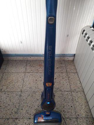 aspirador de bateria ELECTROLUX-casa y coche