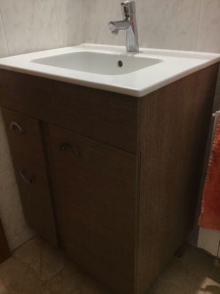 Vendo conjunto de mueble baño con espejo