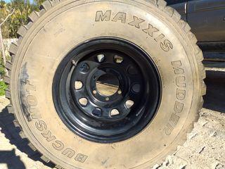 rueda 4x4