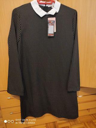 vestido negro ralla diplomatica