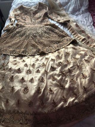 Party dress size M