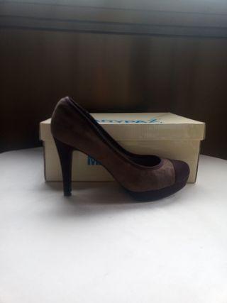 Zapatos con plataforma tonos marrones