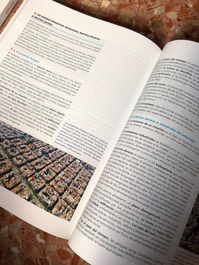 Libro de texto Geografía 2 Bachillerato