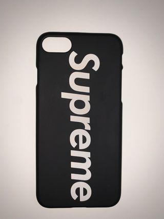 FUNDA SUPREME NEGRA iPhone 6/7