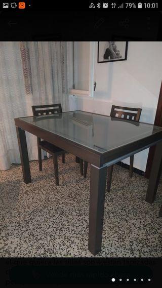 Mesa de comedor extensible. RECOGER EN EL PRAT