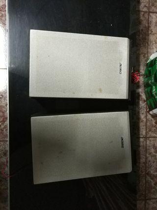 2 altavoces