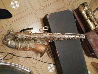 tenor saxofón