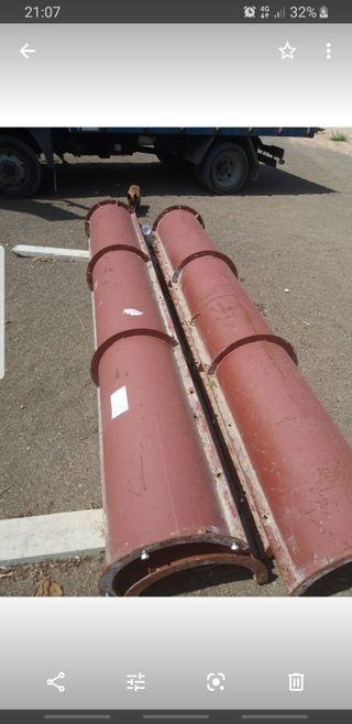 se venden 4 moldes para hacer pilares redondos