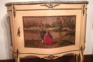 Comoda con espejo Luis XV