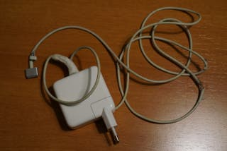 Macbook air mid 2013 8gb 128ssd