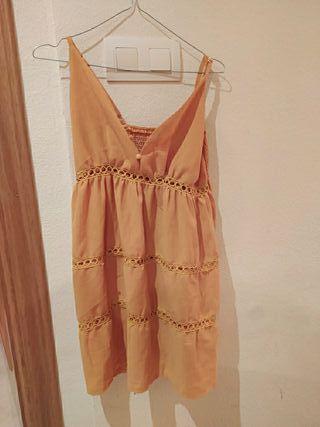 vestido de verano amarillo