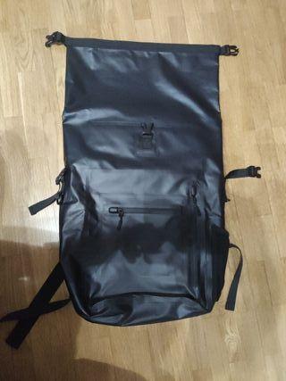 mochila impermeable 35 l estanca