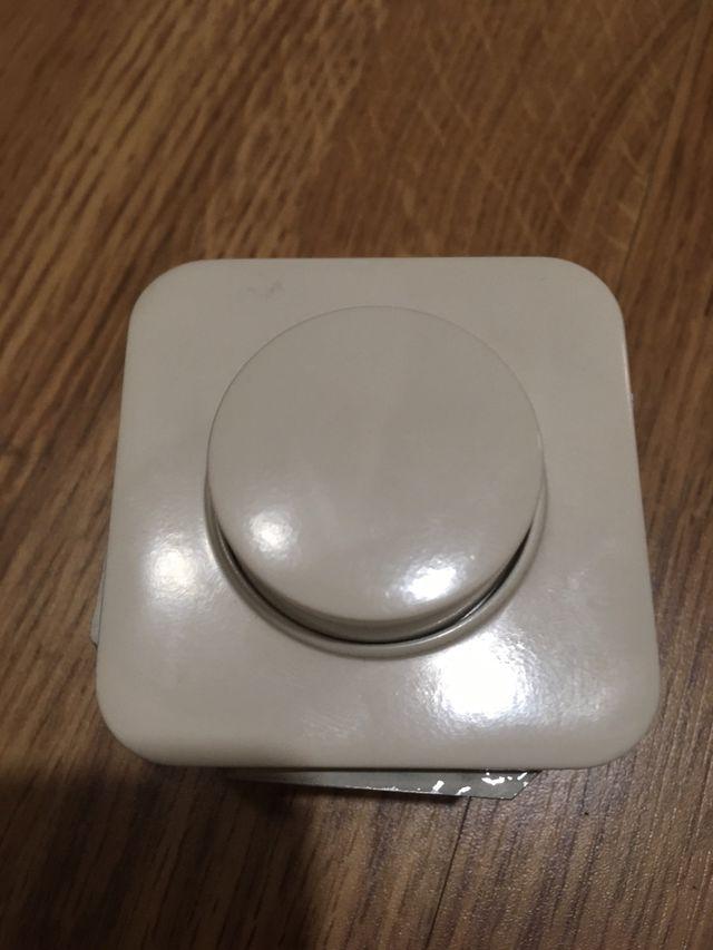 Regulador Simon Serie 31 color Marfil