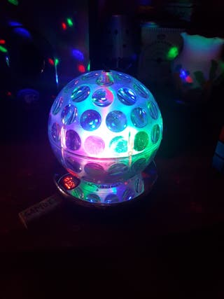 Bola Giratoria LED y altavoz. Nuevo.