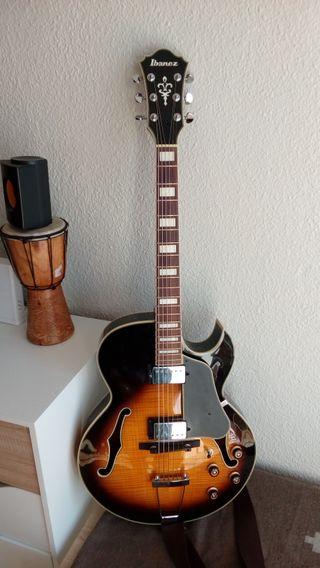 guitarra jazz ibanez akj95