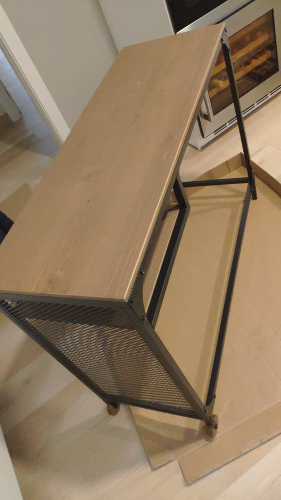 montamos mesas ikea